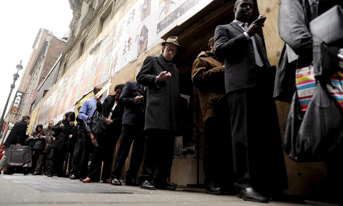El desempleo en EE.UU. se mantiene en el 4,1 % con 313.000 empleos creados en febrero