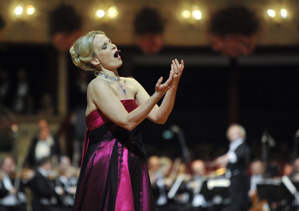 La mezzosoprano Elina Garanca debuta en la Zarzuela con «Carmen» de Bizet