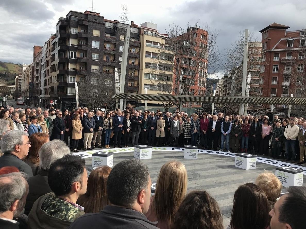 Urkullu pide a ETA un reconocimiento del «daño injusto» por la «gravedad e intensidad» del sufrimiento de sus víctimas
