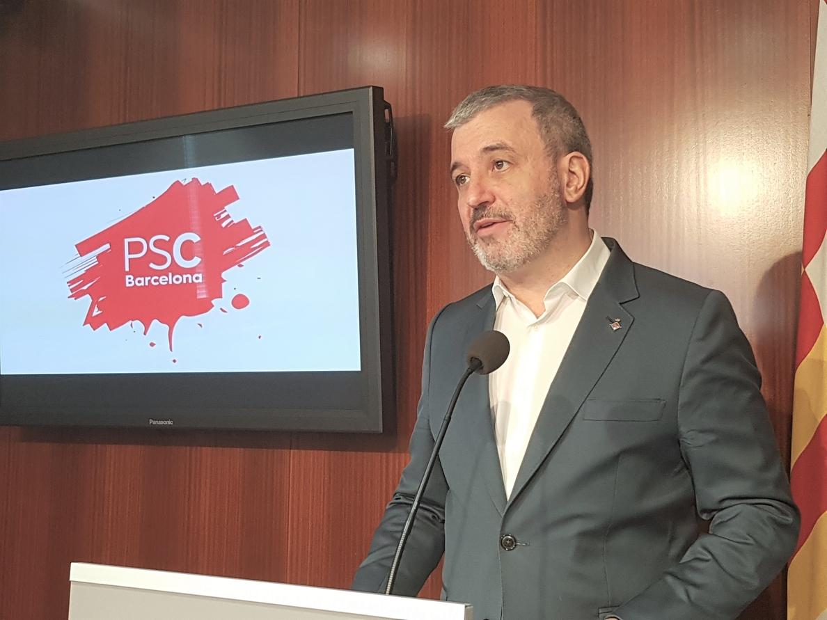 Collboni (PSC) exige cumplir la sentencia del retrato del Rey y ve «gesticulación» en Colau