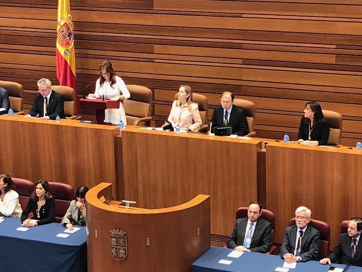 García-Escudero tilda de «acierto histórico» Estatuto y Constitución y pide mirar al futuro «unidos» y con «lealtad»