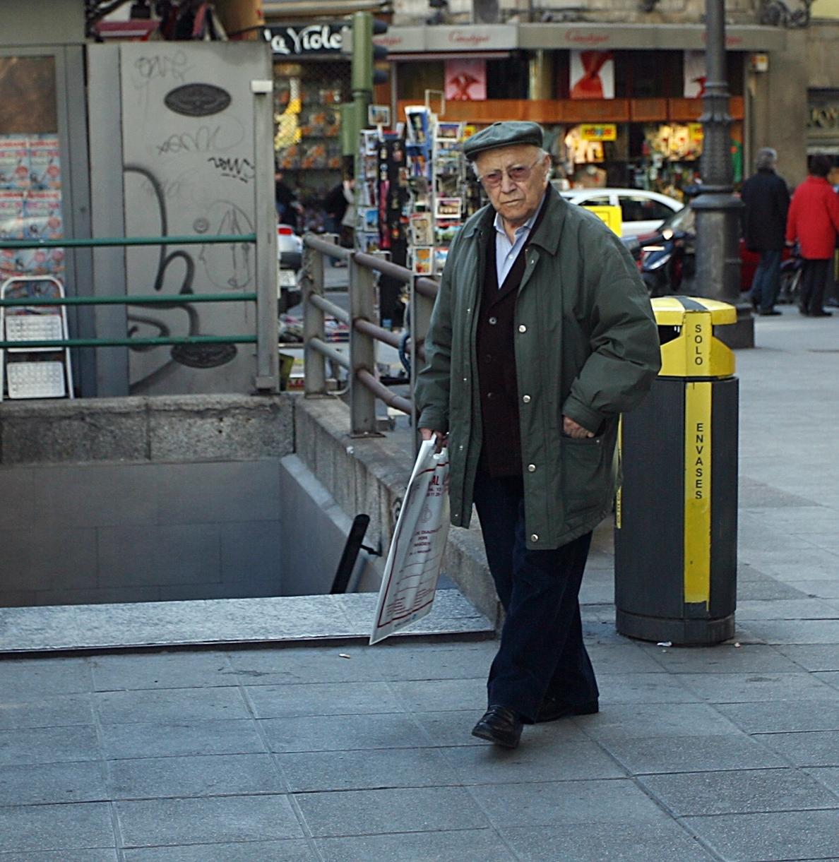 El Gobierno elimina la ayuda de 200 euros para pago de suministros a jubilados propietarios de vivienda