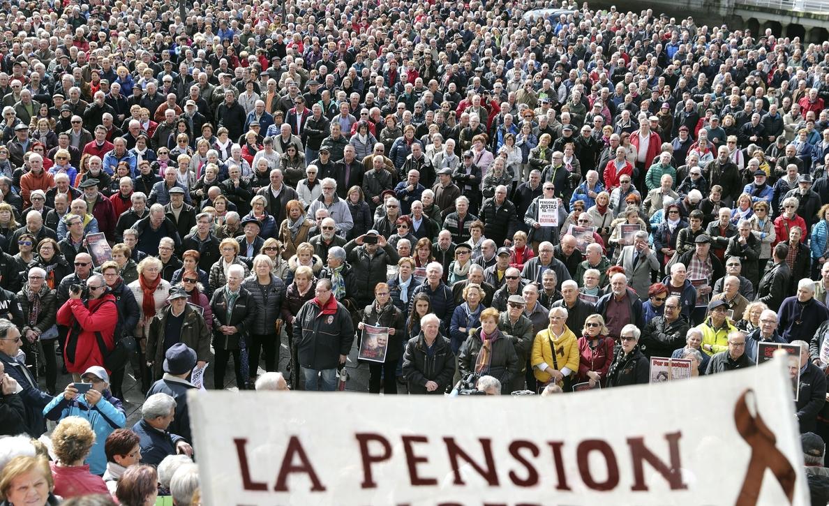 Los jubilados desconfían del pleno de pensiones y llaman a la manifestación del 17
