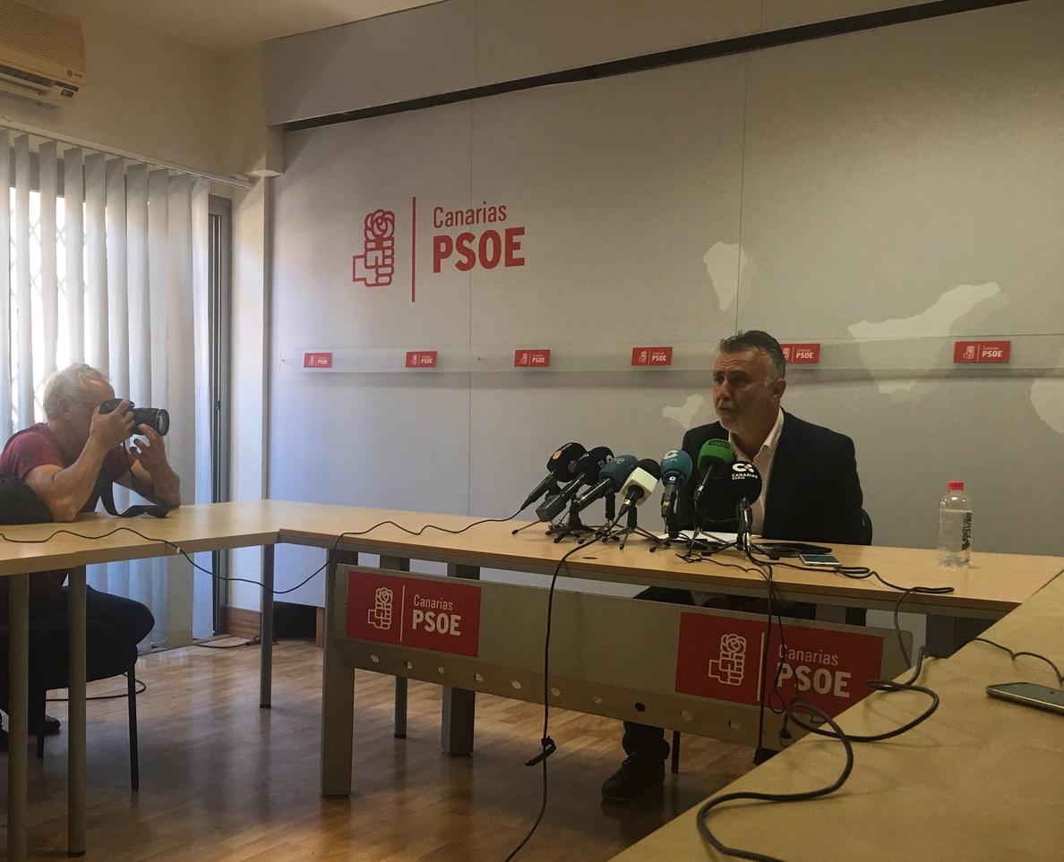 El PSOE canario rompe los acuerdos sobre los órganos del Parlamento tras el pacto CC-PP en los puertos del Estado