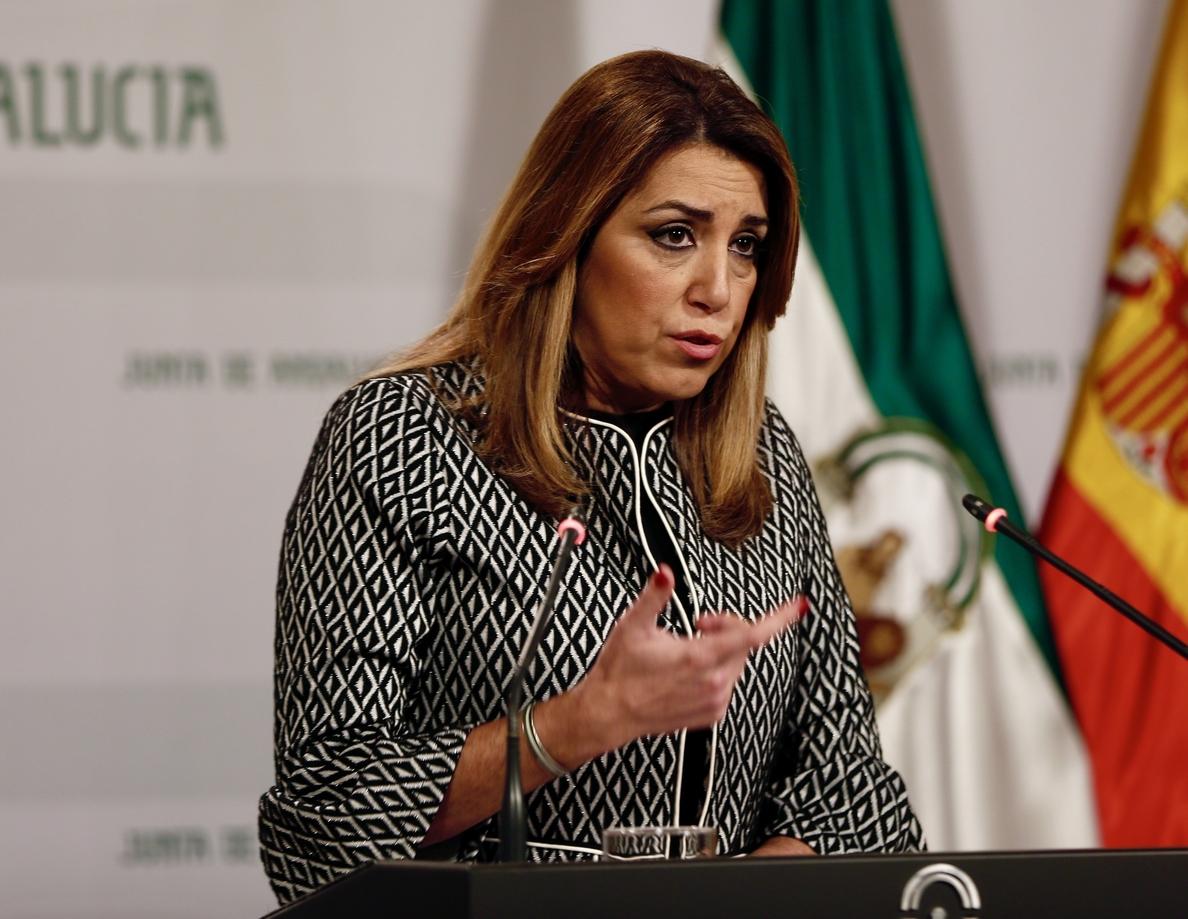 Susana Díaz afirma que PP y Cs deberían «escuchar a nuestros pensionistas, que exigen lo que es justo»