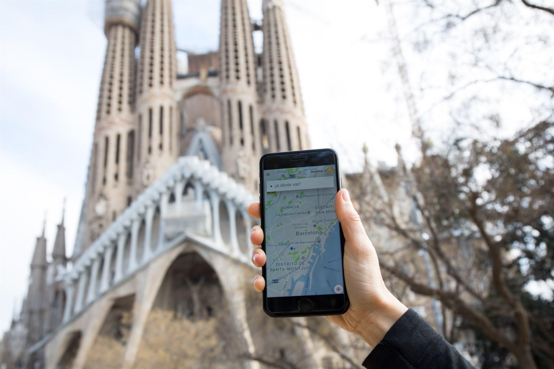 Así es UberX, lo nuevo de la compañía para reconquistar Barcelona