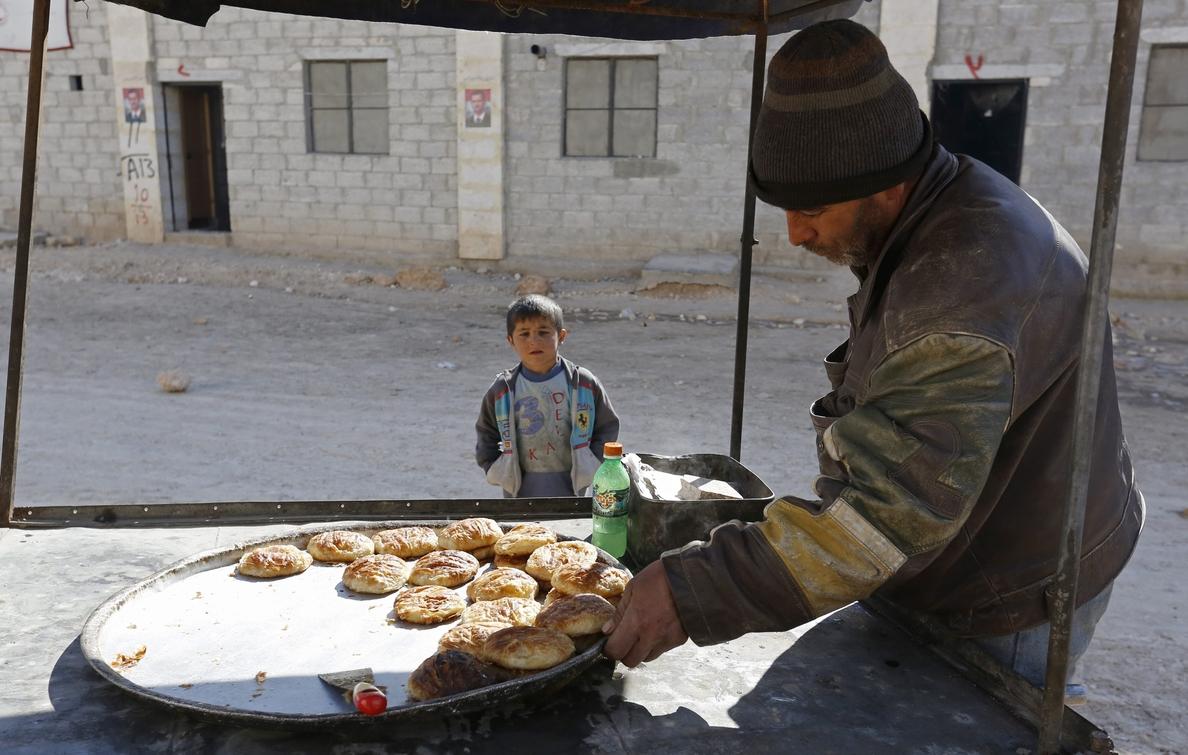 Los desplazados en Siria llegaron a su máximo en 2017: 7.665 personas al día