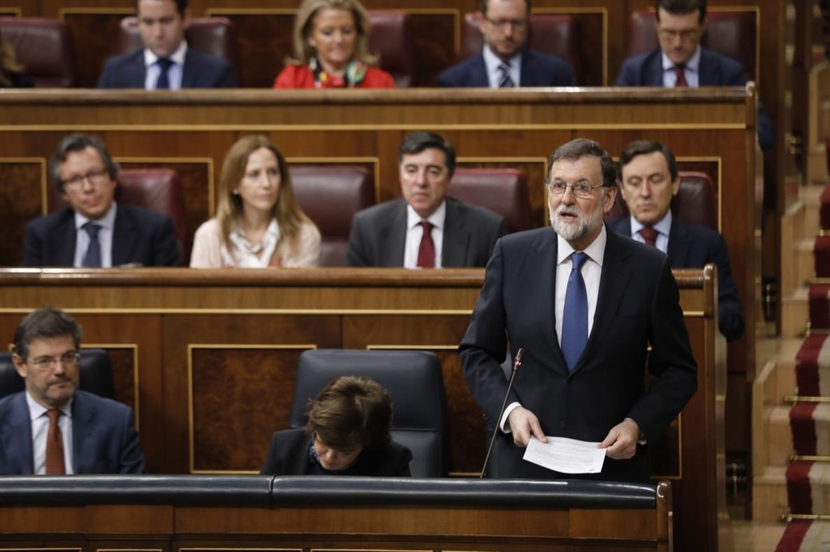 Rajoy dice a Rivera que respalda su reforma para el CGPJ, pero le recuerda que necesitan más votos para aprobarla