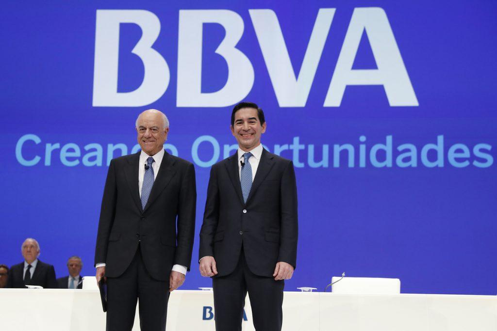 (AMP) La junta de BBVA aprueba la incorporación de Caruana a su consejo con más del 99% de los votos