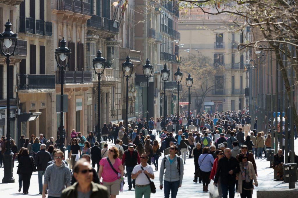 Desigual abrirá en otoño su primera tienda en Portal de l'Àngel de Barcelona