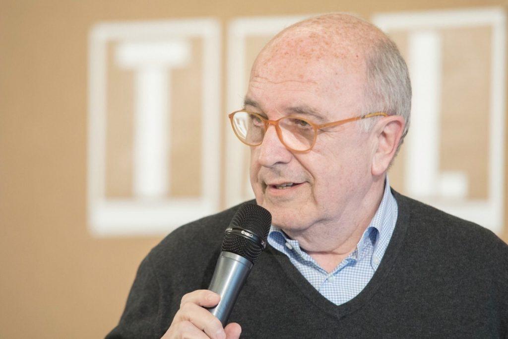 Almunia se confiesa «desesperado» por el bloqueo que PP y Ciudadanos imponen en el Parlamento