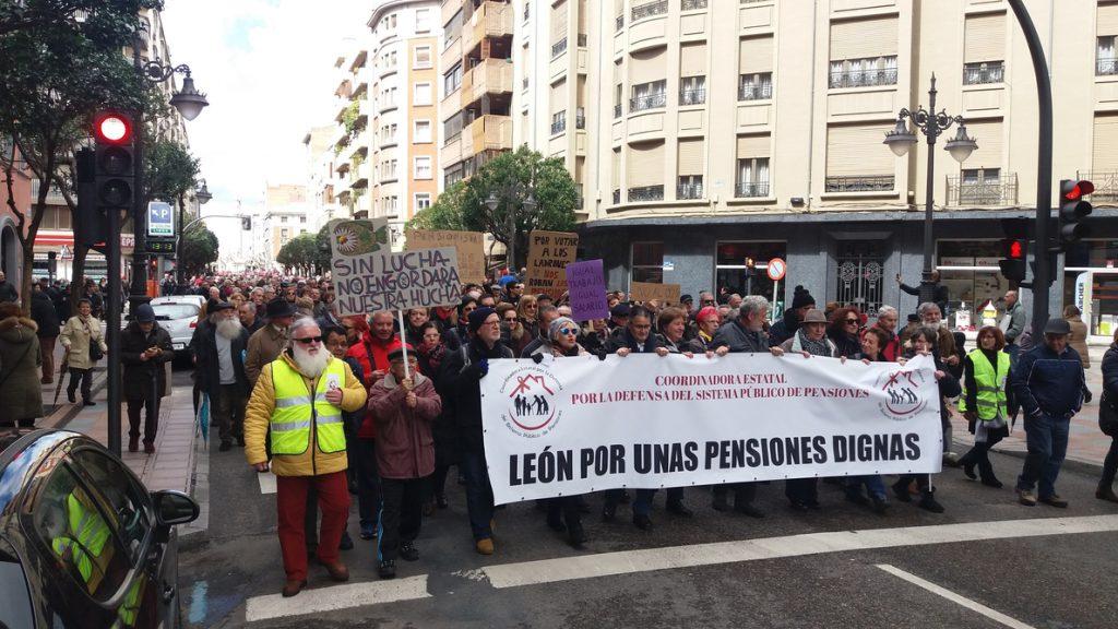 Cerca de 35.000 personas reclaman en CyL al Gobierno que «escuche a la calle» y «dignifique» las pensiones