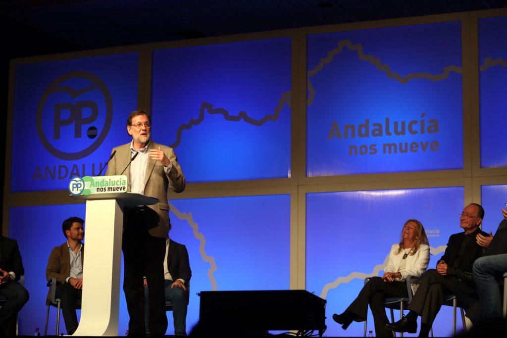 Rajoy espera que PSOE «dé la talla» con la financiación autonómica y asegura que el Gobierno pondrá «todo de su parte»