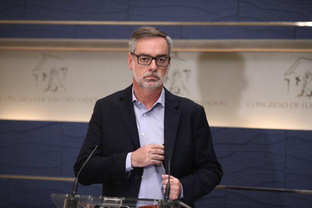 Villegas llama a lograr la «dignidad» de los pensionistas en los PGE cuando el PP «deje de proteger a sus imputados»