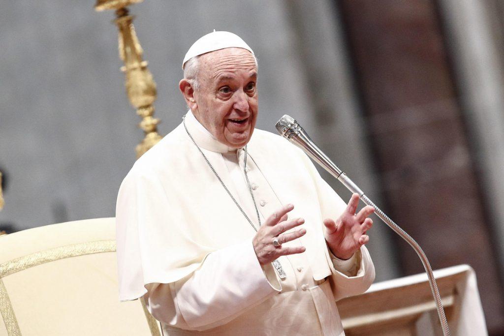 El papa se disculpa con los argentinos que puedan ofenderse por sus «gestos»