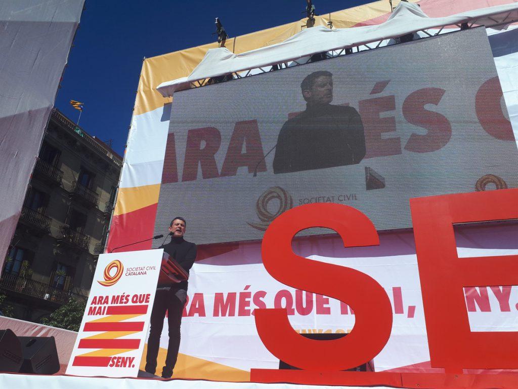 Manuel Valls carga contra el independentismo: «Este nacionalismo es guerra»