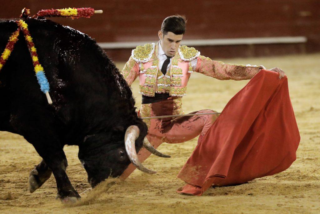 Ponce, que repite, y López Simón, salen a hombros en tarde de generosidad