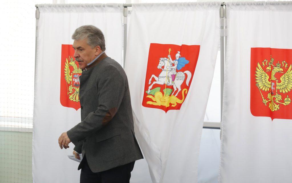 El candidato comunista denuncia que las elecciones rusas han sido las «más sucias»