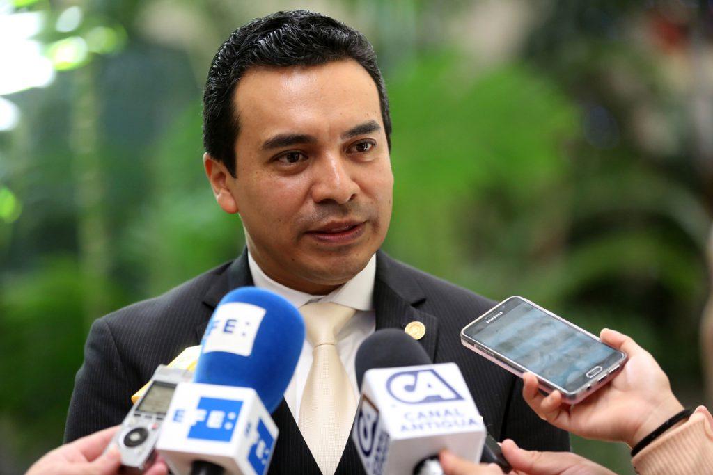 Guatemala aprueba exigir «visa consultada» a los venezolanos que ingresen al país