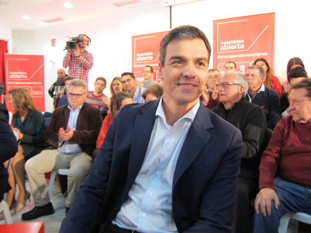 Pedro Sánchez participa este martes en una asamblea abierta en la Línea de la Concepción (Cádiz)