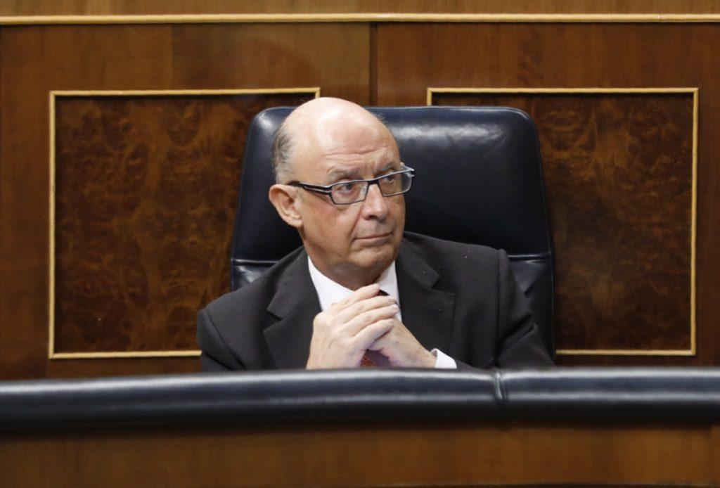 (AMP) Unidos Podemos pide cuentas a Montoro por la caída de 91 millones en la lucha contra el fraude fiscal