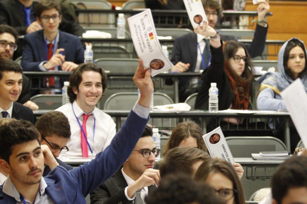 El Gobierno modificará a la baja las horquillas en las titulaciones universitarias oficiales de Grado