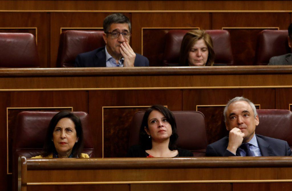 El PSOE critica que Pastor y Rajoy recibieran a víctimas de asesinatos el día del debate de la prisión permanente