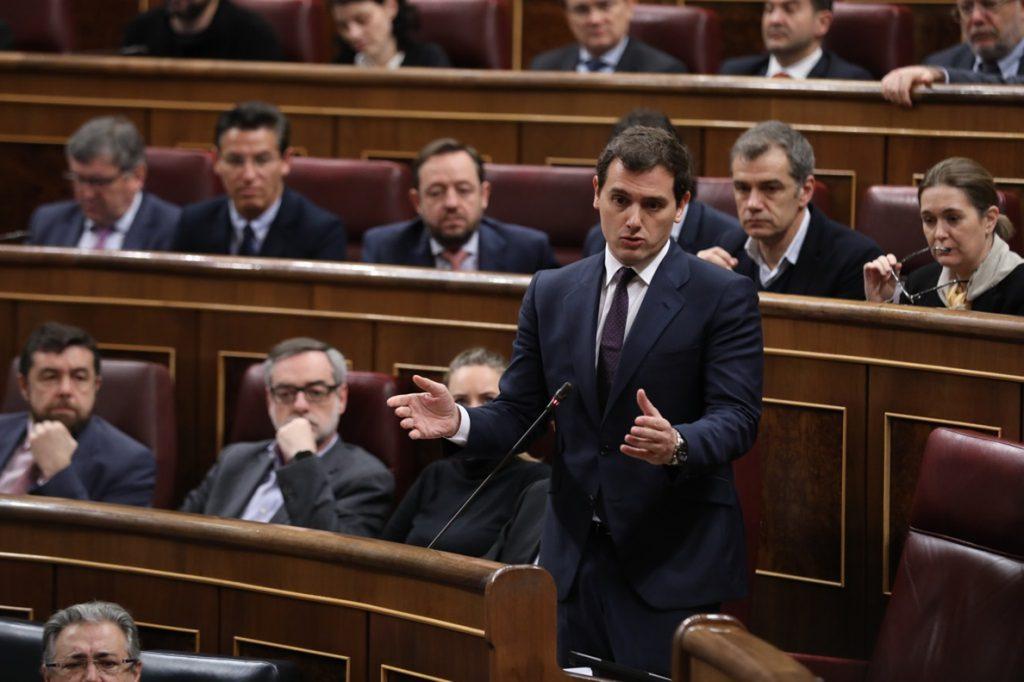 Rivera pedirá mañana explicaciones a Santamaría por el alto cargo catalán acusado de contratar publicidad para el 1-O