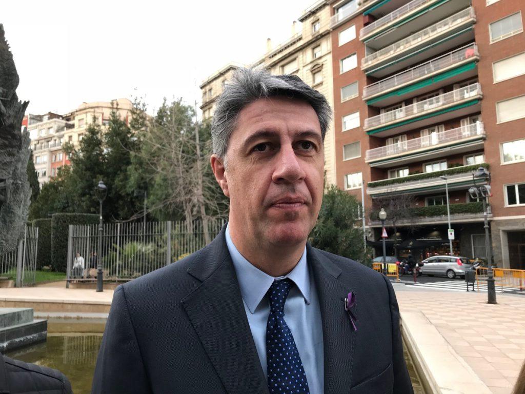 Albiol (PP) ve «un fraude de ley» la convocatoria del pleno del Parlament