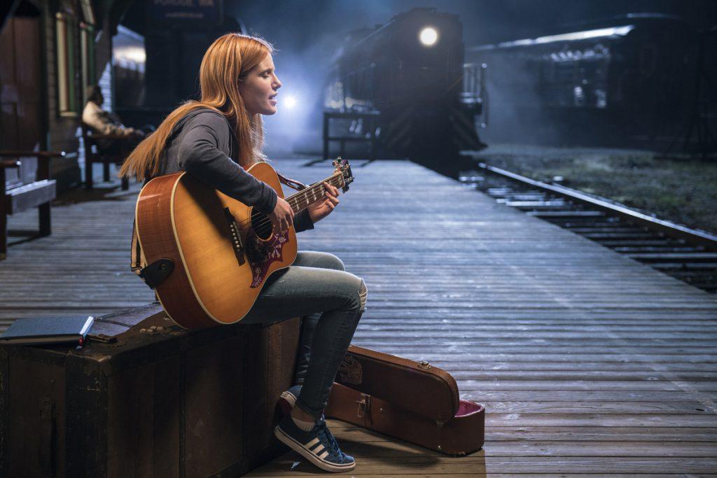 Bella Thorne: «La tristeza y las risas unen a la gente»