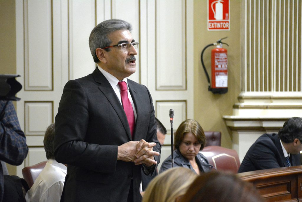 NC exige la paralización de la entrada del gas en Canarias