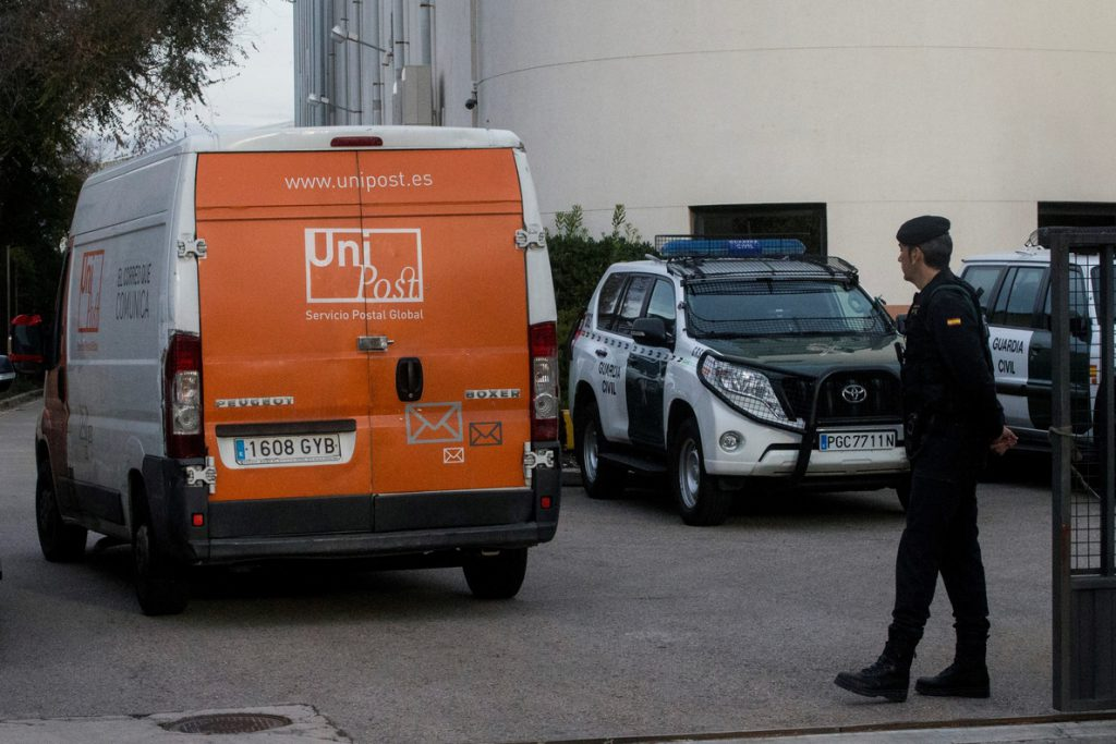 Los responsables de Unipost niegan ante el juez pagos del Govern por el 1-O