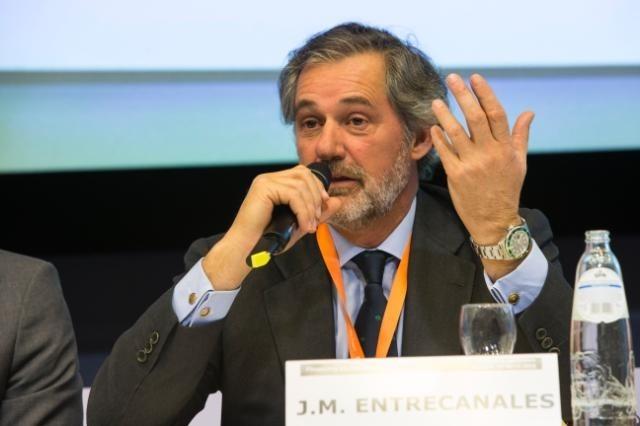 Entrecanales pide reducir generación convencional para atraer inversión a la transición energética
