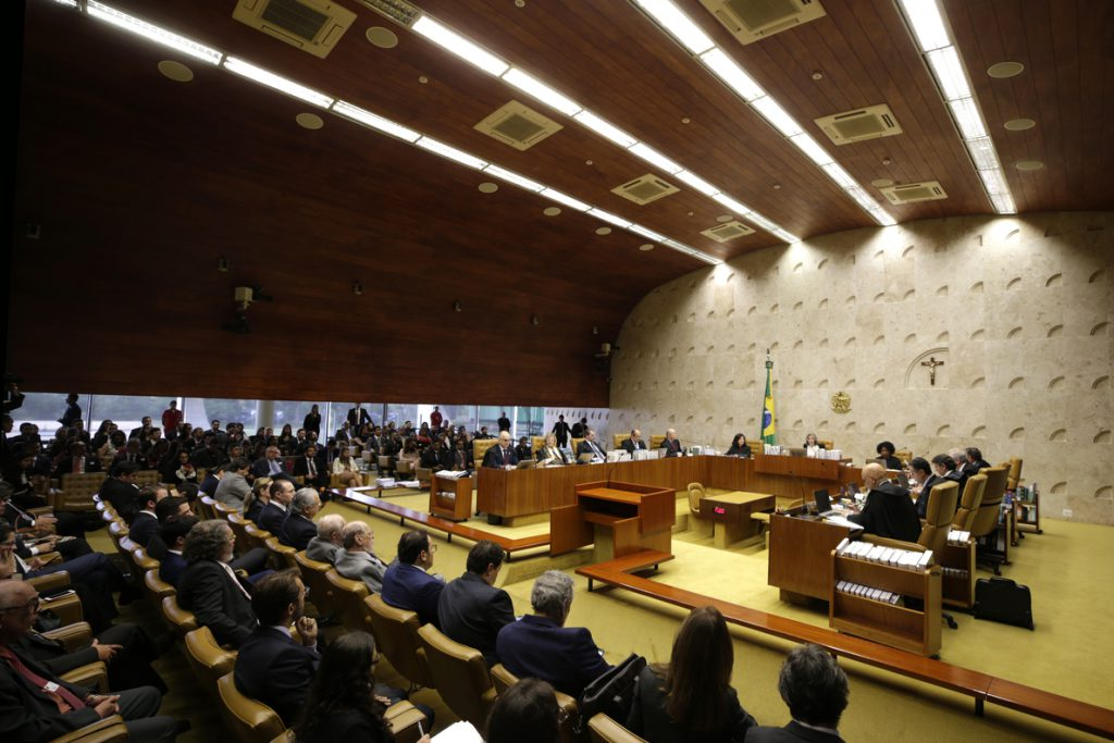 El Supremo aplaza el juicio e impide encarcelar a Lula hasta el veredicto final