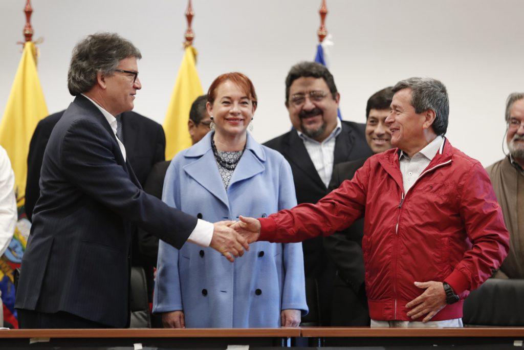 El cese del fuego en Colombia entrará en una etapa de verificación el 2 de abril