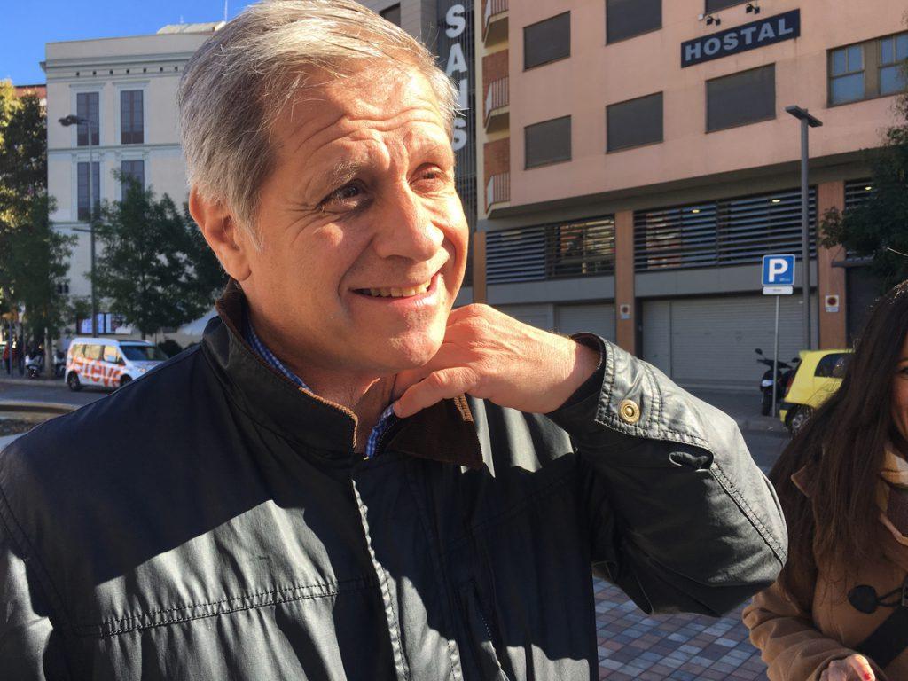 Alberto Fernández (PP) critica a Colau por no invertir el 41% de ayudas a promoción del comercio