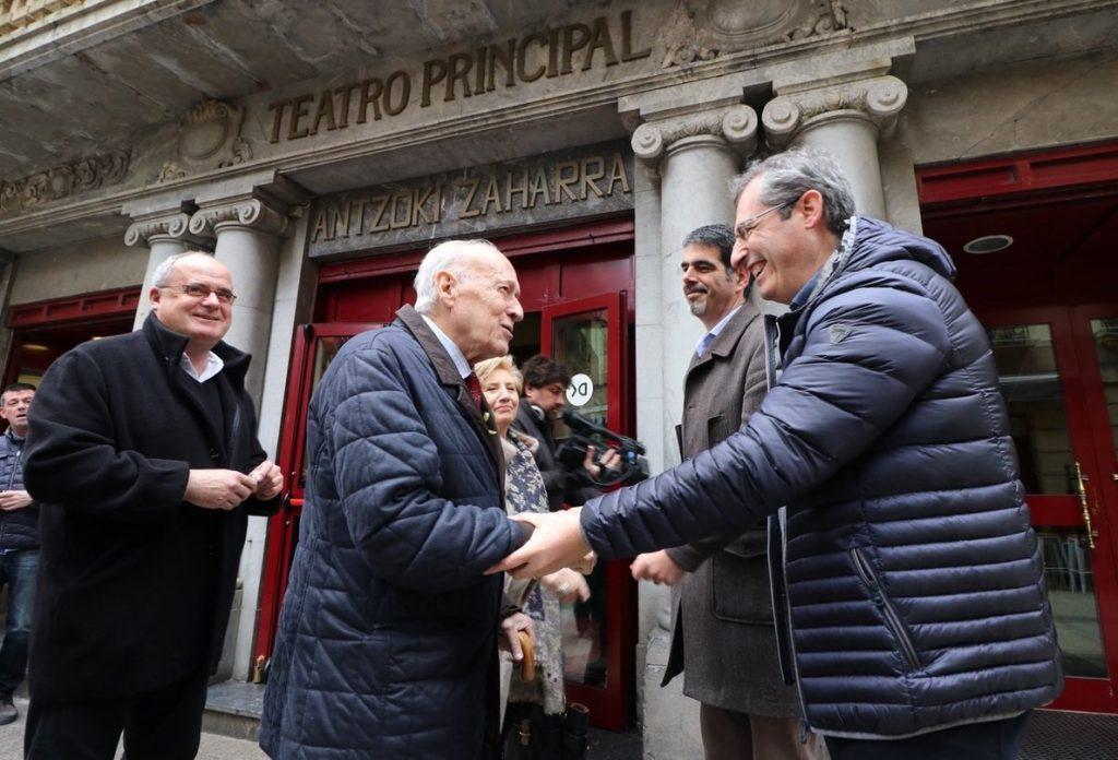 Arzalluz (PNV) repasa en un documental su trayectoria y subraya que «la izquierda violenta de Euskadi ha fracasado»