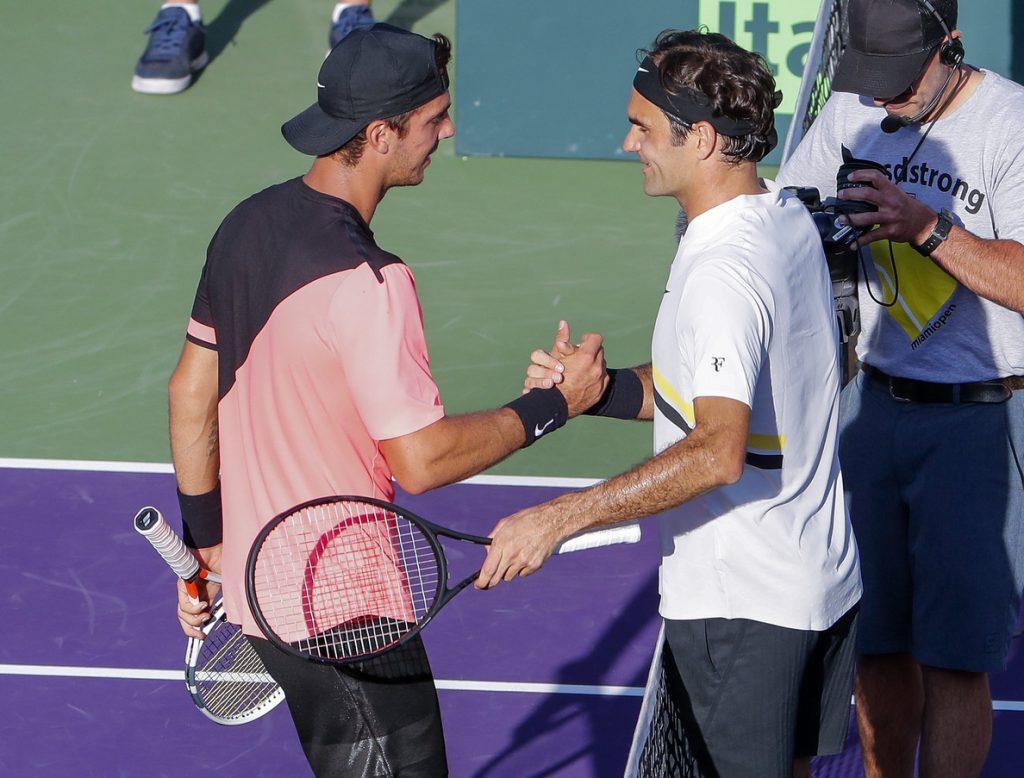 Federer pierde ante Kokkinakis en Miami y le entrega el número uno a Nadal