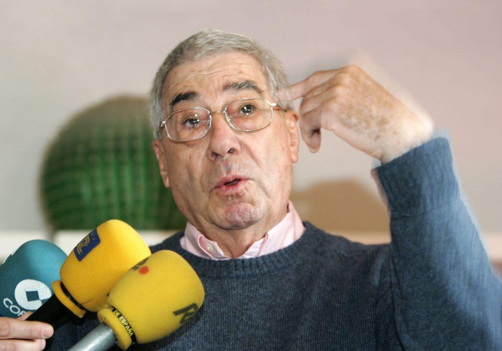 Recuperan artículos de Azcona para recordar «a un gran desconocido en España»