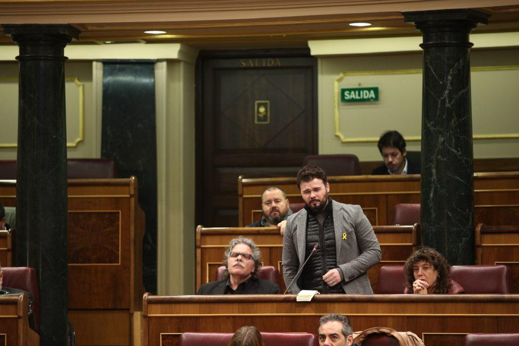 Rufián cree que Puigdemont debería dejar el escaño para facilitar que haya Govern