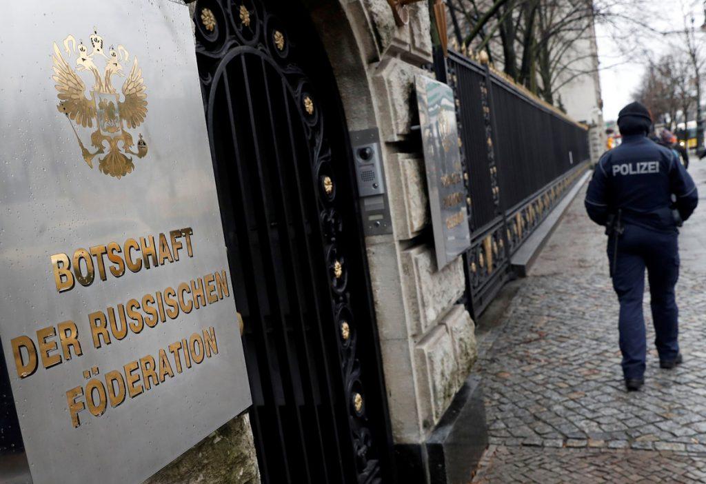 Italia expulsará a dos diplomáticos rusos por el envenenamiento del exespía