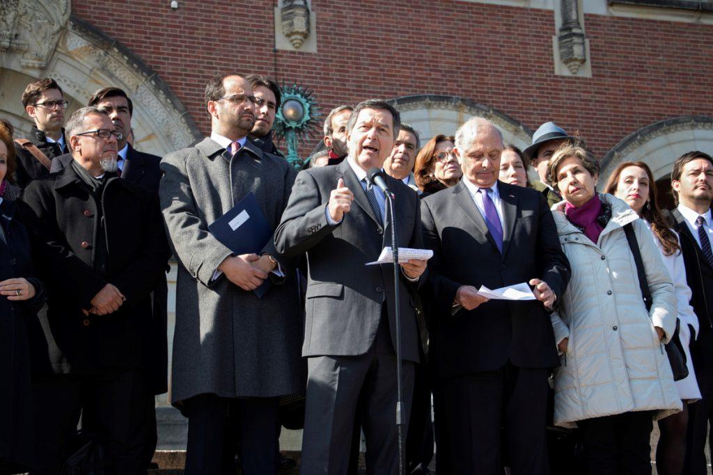 Bolivia apela a la historia y al derecho para negociar con Chile el acceso al mar