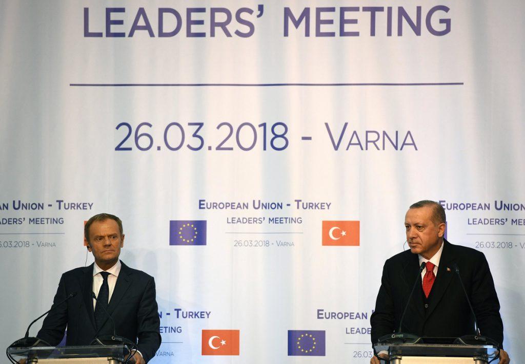 Tusk reconoce que no hubo avances concretos en la cumbre entre UE y Turquía