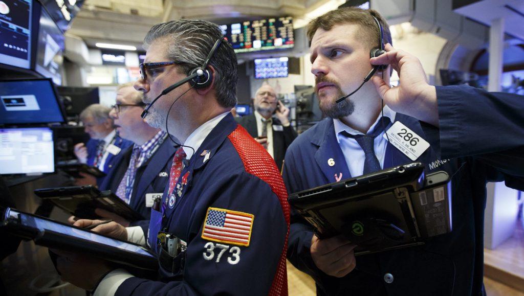 Wall Street avanza a media sesión y el Dow Jones sube un 1,63 %