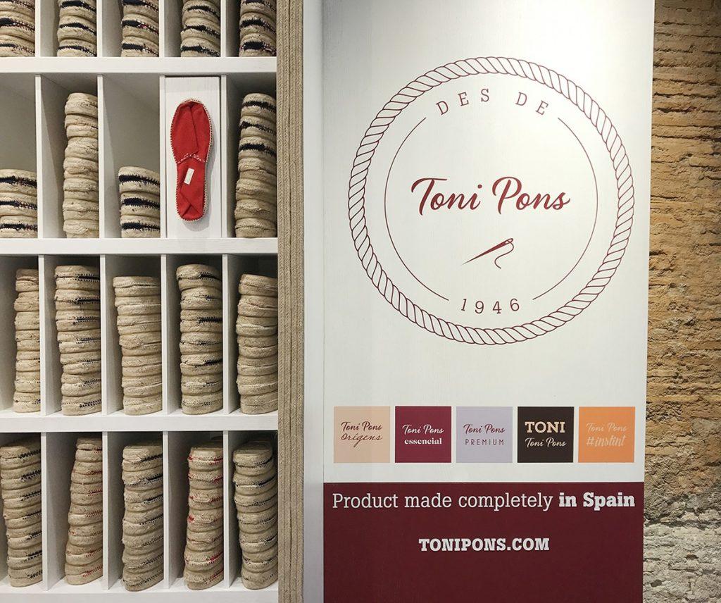 La firma de alpargatas Toni Pons crece en España y lanza su tienda 'online' para elevar sus ventas un 12%