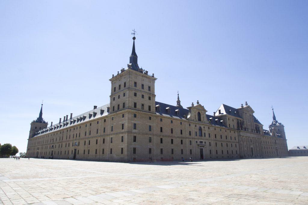 Una misa por don Juan de Borbón reunirá a la familia el día 3 en El Escorial