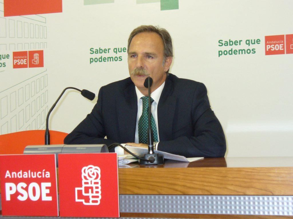 PSOE exige explicaciones a Zoido por la «retirada» de refuerzos de Policía y Guardia Civil en La Línea