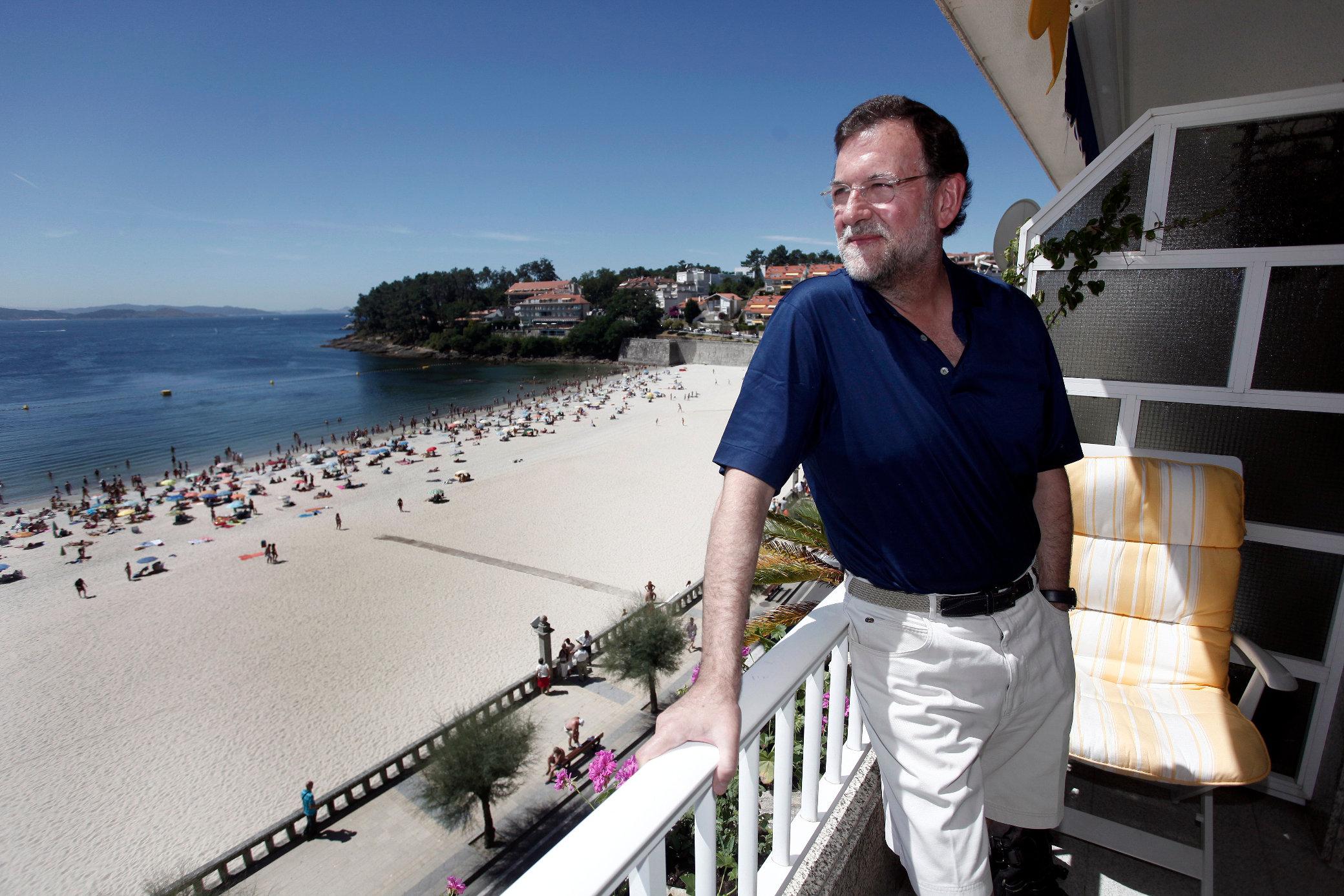 Mariano Rajoy en Sanxenxo y Pedro Sánchez en Tenerife: ¿qué podrán hacer en sus vacaciones?