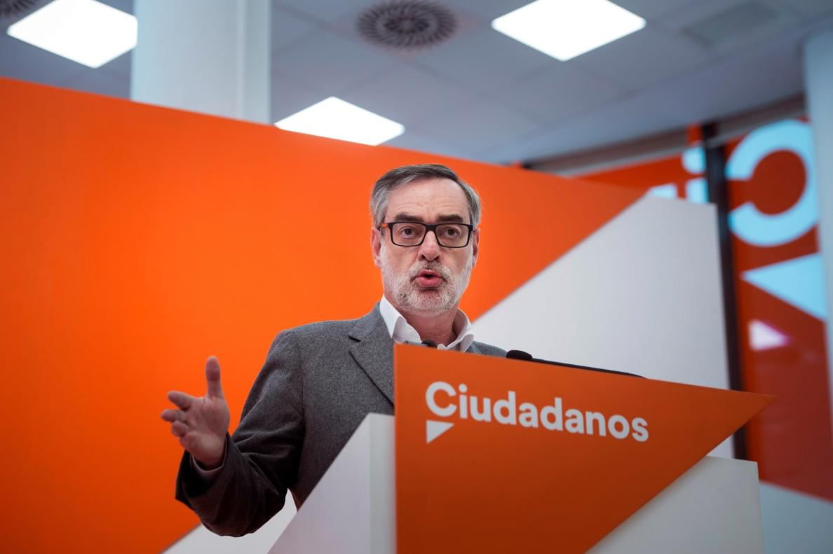 Cs exige a Rajoy que aparte a Cifuentes y ponga a un candidato «limpio»