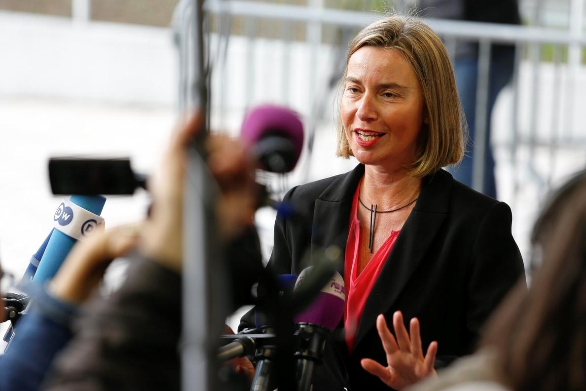 Mogherini insta a «relanzar» el proceso de paz sirio en el marco de la ONU